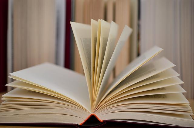 book-610189_640